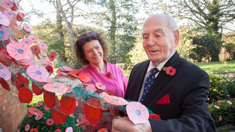 war veteran unveils care home weeping wall of poppies