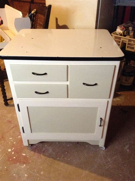 how to enamel cabinets 1000 images about enamel top cabinet on