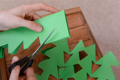 How To Make Paper Decorations At Home - diy paper decorations happy holidays