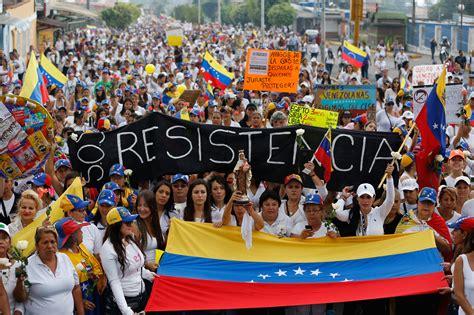 imagenes situacion de venezuela behind the headlines venezuela s crisis