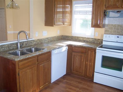 Granite Kitchen Cabinets New Venetian Gold Granite For Stunning Home Design Homestylediary