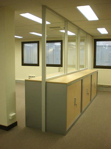 cloison verre bureau cloison modulaire vitr 233 e cloison de bureau en verre