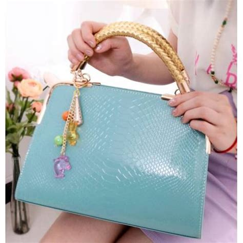 Tas Cewe Model Kucing Warna Hitam tas wanita cantik murah elegan aksen pegangan emas