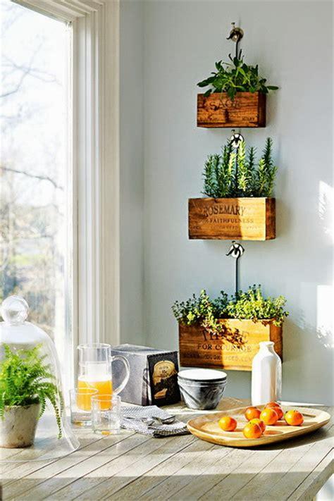 Herb Garden Diy by Decorar Con Plantas De Interior Decoraci 243 N De Interiores
