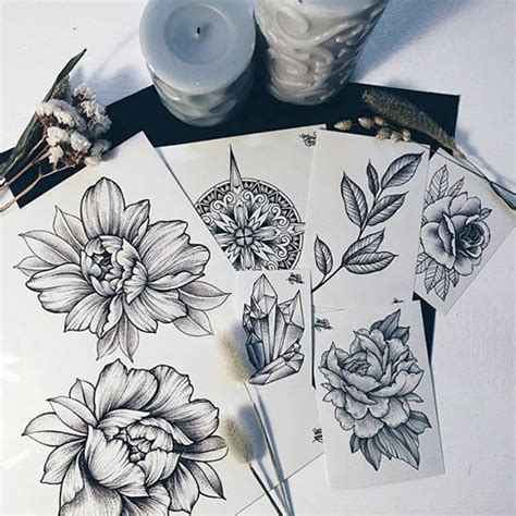 1001 ideas for beautiful flower tattoos and their secret