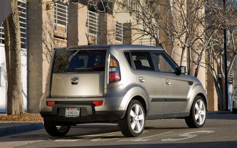 Kia Xb 2010 Kia Soul Vs 2009 Nissan Cube Vs 2009 Scion Xb