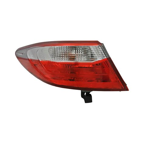 toyota camry tail light replacement tyc 174 toyota camry 2017 driver replacement tail light
