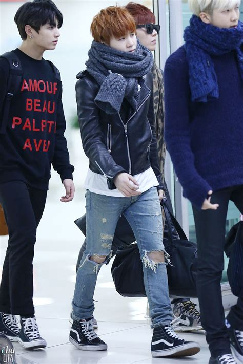 Situs Fashion Korean Style Comby Leather Shirt picture fansitesnap bts arrival at gimpo airport from japan 141123