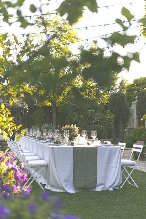 Modern Table Settings the perfect romantic italian garden dinner party rock
