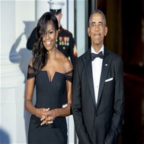 does michelle obama wear hair pieces we see you michelle obama love the hair extensions