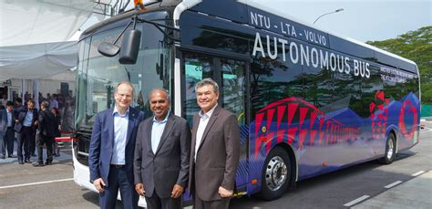 volvo launches worlds  full size driverless bus  singapore autonomous vehicle