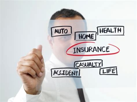 insurance brokers difference between insurance brokers and agents moneytips