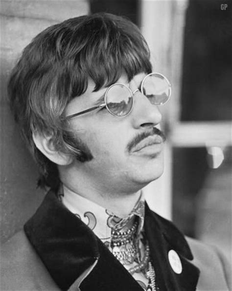 ringo starr glasses sunglasses fashion years sixties seventies occhiali da