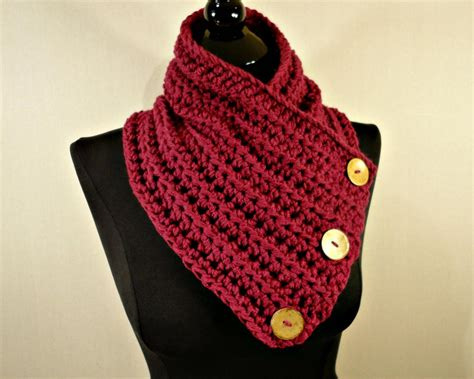 how to knit buttons scarf cowl neckwarmer button scarf crochet scarf