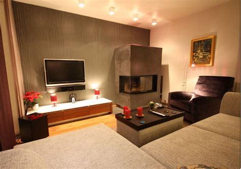 wohnzimmer wände neu gestalten wohnzimmer gestalten mit modernem kamin raumax