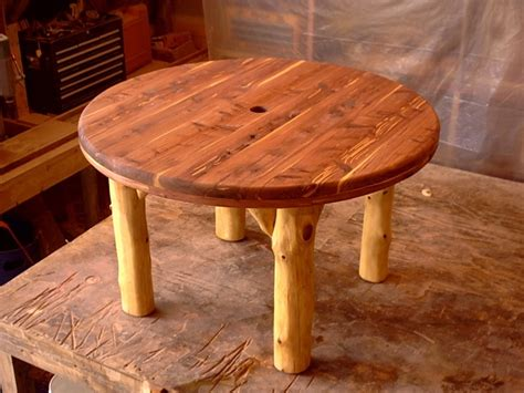 Handcrafted Rustic Furniture - 17 best images about handcrafted cedar log furniture