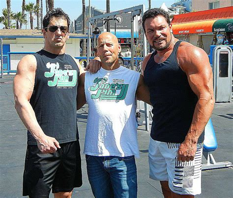 Bruce Willis Likes Them by Sylvestor Stallone Bruce Willis Look A Likes South