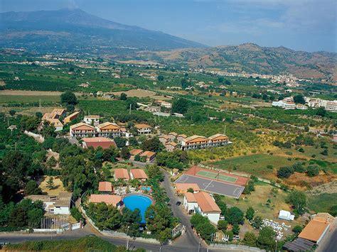 web giardini naxos villaggio alkantara giardini naxos prenotazione on