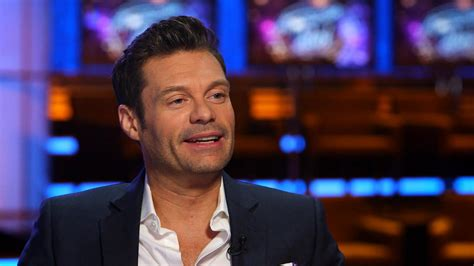 abc seacrest new years seacrest inks new 4 year deal to host abc s new year