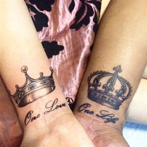 tattoo on hand king and queen 10 beautiful king queen tattoo for beautiful couples