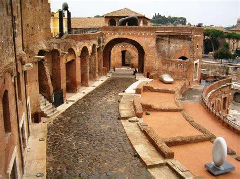 fori romani ingresso tour di gruppo dei mercati di traiano