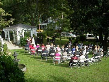 small intimate weddings in small weddings rock cosmo and sing praises of small weddings intimate weddings small