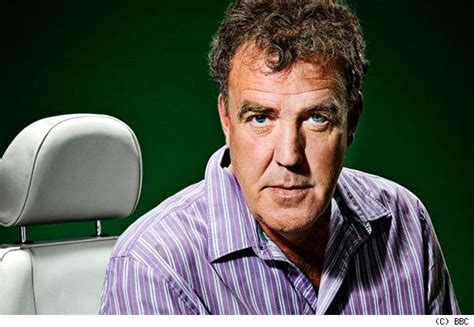 top gear official annual 2011 9781405906968 clarkson earns 163 2 14m from top gear aol uk cars