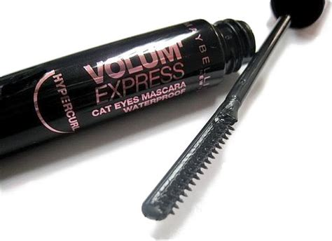 Mascara Maybelline Hypercurl Cat comb mascara maybelline volum express hypercurl cat eyas