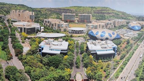 chennai mahindra city infosys address this is how infosys pune cus looks from the inside