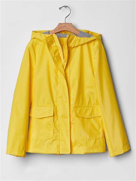 yellow raincoat the classic yellow coat trend raindrops of sapphire