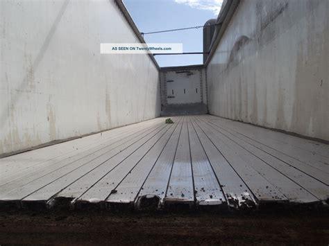 Walking Floor Trailers by Bocat Walking Floor Trailer Ie End Dump Flatbed Mulch