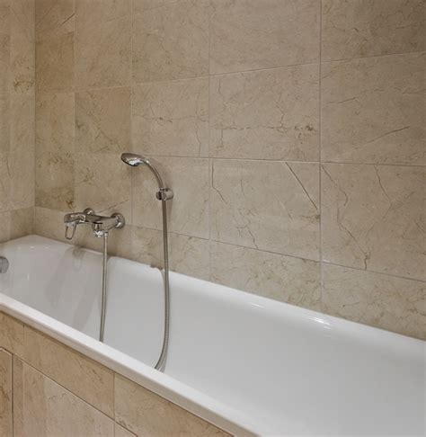 how much do bathtub liners cost cost of acrylic bathtub liner useful reviews of shower
