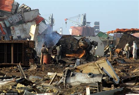 ship graveyard wow world s biggest ship graveyard where huge tankers and