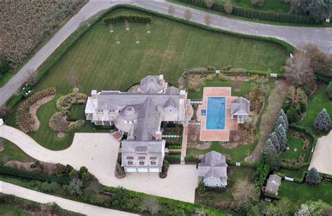 jennifer lopez house jennifer lopez recently bought this 18 million dollar home
