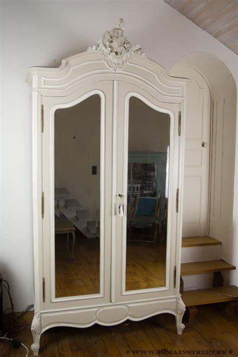 Une Armoire à Glace by Relooking De L Armoire 224 Glace Rocaille Pour Le Salon Vid 233 O