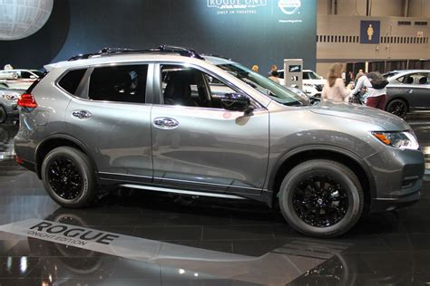 nissan rogue midnight edition nissan midnight edition lineup reveal at chicago auto show