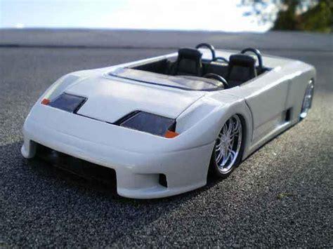 Diecast Miniatur 124 1991 Bugatti Eb 110 Bburago bugatti eb110 barquette white burago diecast model car 1