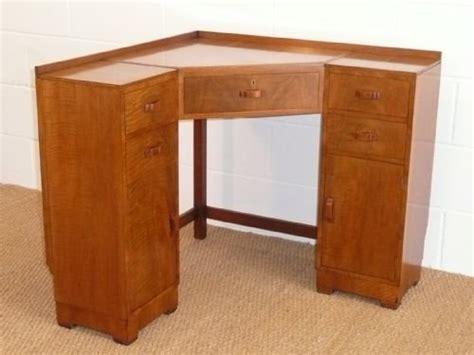 Walnut Corner Desk Heals Deco Walnut Corner Desk 130341 Sellingantiques Co Uk