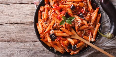 350g carbohydrates why runners need to eat carbs s running uk