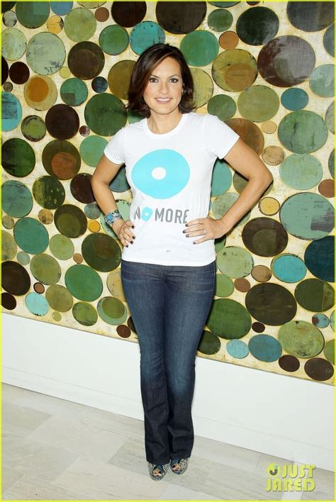 joyful stin the fashionable hearts 17 best images about mariska hargitay on pinterest