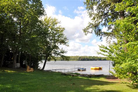 eagle lake cottage rentals cottage 477 for rent on eagle lake near south river in