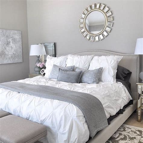 silver and white bedroom designs best 25 grey bedrooms ideas on grey bedroom