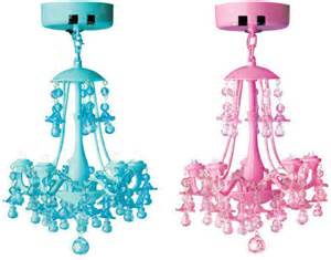 Magnetic Locker Chandelier How To Accessorize And Decorate Your School Locker