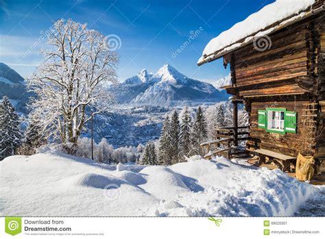 Le Chalet De Montagne by Le Pays Des Merveilles D Hiver Avec Le Chalet De Montagne