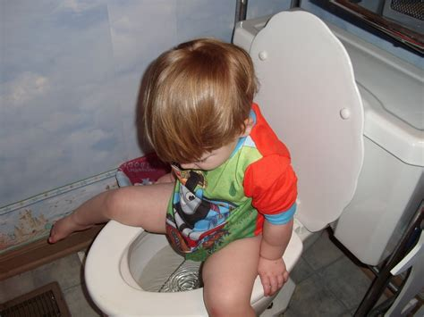 little boy potty training outside how to potty train a girl potty training at night