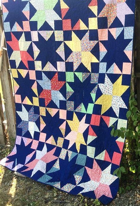 Stargazer Quilt Pattern by Easy Sparkle In This Eye Catching Quilt Quilting
