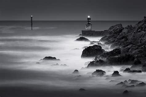 imagenes en blanco y negro verticales pasaiako sarrera gauez paisaje en blanco y negro