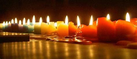 candele accese la candele della speranza su whatsapp un pensiero a chi