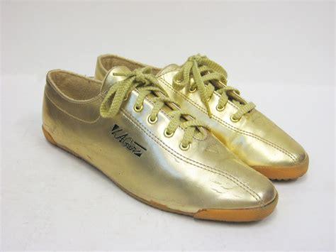la gear shoes for vintage la gear gold tennis shoes size 9