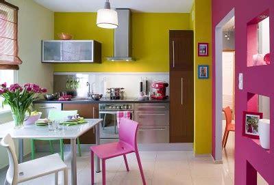 decoracion de una cocina comedor fluor